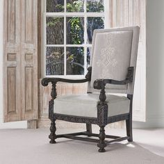 This truly unique chair will surely be a conversational piece in your home. Learn more about our Gaga chair today. | King Ranch Saddle Shop