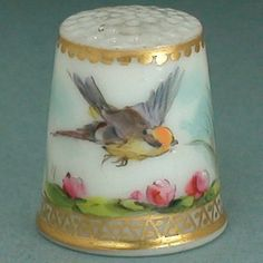 Hand painted Porcelain Thimble - 19th Century