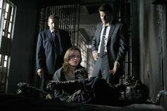 Bones Season 2 - The Man in the Cell | Emily Deschanel as Dr. Temperance Brennan David Boreanaz as Special Agent Seeley Booth  ©2006 Fox Broadcasting Co. Cr: Isabella Vosmikova/FOX