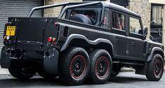 Kahn Design je na ovogodšnjem Land Rover Owners Show-u prikazao još jednog člana svoje Flying Huntsman porodice.