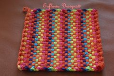 Potholder Loom, Potholder Patterns, Loom Patterns, Loom Weaving, Hand Weaving, Weaving Textiles, Weaving Projects, Organza Gift Bags, Hot Pads