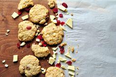 Gluten-Free White Chocolate Oatmeal Macadamia Cookies
