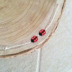 Bracelet coccinelles tissées en perles miyuki : Bracelet par les-bijoux-colores