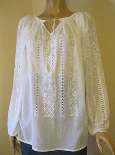 Hand embroidered Romanian blouse , white Byzantine rhomb size M/L - Romanian peasant blouse , ethnic top , hand made traditional blouse Peasant Blouse, Peasant Tops, Tunic Tops, Short Frocks, Hippy Chic, Princesa Diana, Embroidered Clothes, Dresses Kids Girl, Boho