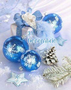 Christmas Candles, Blue Christmas, Christmas Balls, Christmas Colors, Christmas And New Year, Christmas Time, Merry Christmas, Christmas Gifts, Christmas Decorations