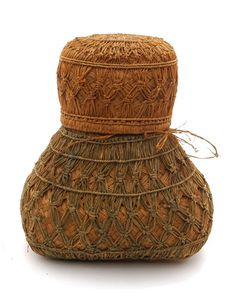 Africa | Granery storage basket from Madagascar | 20th century | Vegetable fiber