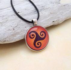 Triskel keltisch Silber Anhänger Keltisches Motiv von KIMAMAdesign