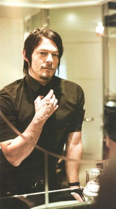 Norman Reedus thank you for being so aesthetically pleasing my love<3