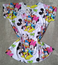 Minnie, Mickey Mouse, Disney Outfits, Girly Things, Walt Disney, Tumbler, Change, Womens Fashion, Funny