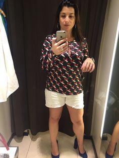 Amei essa camisa na mão mas, de novo, não rolou no corpo. Eu me vi um hipopótamo de tão grande.