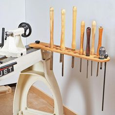 Swing-Arm Lathe-Tool Holder Woodworking Plan from WOOD Magazine . Swivel arm turning tool holder Woodworking plan from WOOD Magaz . Woodturning Tools, Lathe Tools, Woodworking Lathe, Learn Woodworking, Popular Woodworking, Woodworking Projects, Woodworking Furniture, Woodworking Skills, Woodworking Articles