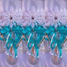 Frozen favors,Snowflake Wands,Elsa Frozen inspired Wand,Frozen Wand, Birthday Favors,Frozen Birthda Party, Frozen Decorations,Wands Etsy by BellasBloomStudio on Etsy