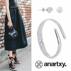 Pisando fuerte #anartxy #JoyasEnAcero #JóiasEmAço #SteelJewel #BijouxEnAcier #estilo #style #trend #tendencia #pulsera #bracelet #acero #joyas #jewels #pendientes #earrings #moda #fashion #coleccion
