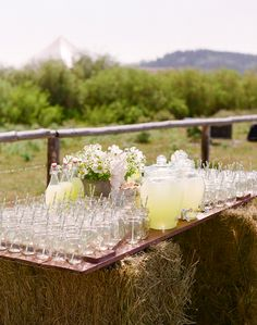 A Lovely Lemonade Stand Awaits Wedding Guests.