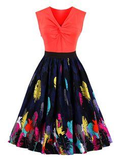Elegant women dress for this summer. φ(>ω<*)