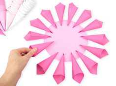 Easy Giant Paper Dahlias +Printable Template! TO REDIRECT TO THIS POST ON OUR NEW CORRECT SITE PLEASE CLICK HERE. ...