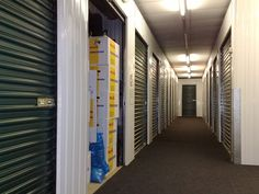 How to Empty Your Storage Unit of Clutter