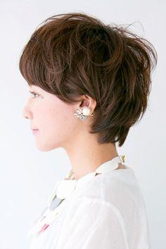 春のリズミカルショート~自由なカールでガーリーに~ | NANA for hair(ナナフォーヘアー)のヘアスタイル・髪型・ヘアカタログ - 美美美コム