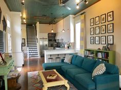 Private room in New Orleans, US. Welcome to our New Orleans home. Have the upstairs all to yourself! 3 bedrooms and 1 large bath. And make yourself at home in the rest of our historic mid-city home just 3 blocks from the bayou and a quick uber ride to the French Quarter, downtown...