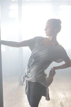 #dancedistribution #backstage #ballerina #tutu Tshirt Forever B.