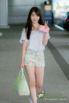 아이유   IU  Lee Ji Eun  이지은