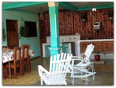 Detalle del porche. Vinales, Cuba, Outdoor Chairs, Outdoor Furniture, Outdoor Decor, Home Decor, Horse Drawn Wagon, Walks, Fishing