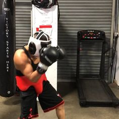 Just a typical day day at Danny Rizzos Pro Boxing club in the heart of the Sonoma wine country. 707-536-9698  MESSENGER Designed in Northern California. Boxing/Martial Arts equipment  Northern California Style Made: For everyone to enjoy!  MESSENGER is a Registered Trademark 2017 All Rights Reserved.  Designed in Northern California  Boxing/Martial Arts equipment Northern California Style. 100% leather Boxing gloves color White. Artist: The Crystal Method Song:  Comin Back Album: The Crystal…