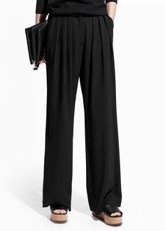 MNG Collection Womens Pleated Trousers Melon Pants Wide Leg Black size 8 NEW  19.99 https://www.ebay.com/itm/263407651736