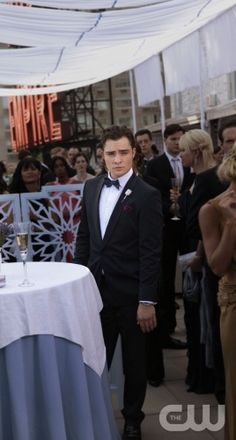 """A Touch Of Eva"" Pictured Ed Westwick as Chuck Gossip Girl PHOTO CREDIT:  GIOVANNI RUFINO/ THE CW ©2010  THE CW NETWORK.  ALL RIGHTS RESERVED"