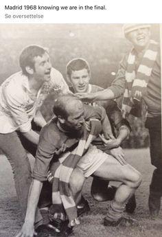 Bobby Charlton, Manchester United Players, Soccer, The Unit, Couple Photos, Couples, Couple Shots, Futbol, European Football