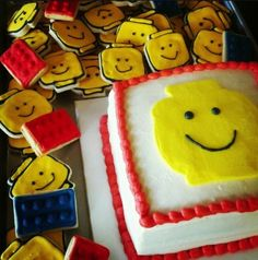 Top 10 Easy LEGO Birthday Cakes and Cupcakesnuohkhk be bnm    ,l,,,,,,,,,
