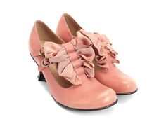 Marie would love these #fluevog Caravaggio's in pink. I love these fluevog Caravaggio's in pink!