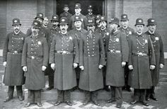 For most police departments in the US, the last hundred years have been a time without beards. Mustaches were allowed if trimmed down to a uniform standard. Haircut standards have had more flexibility than facial hair.