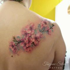 Tattoos on back Dream Tattoos, Girly Tattoos, Rose Tattoos, Flower Tattoos, Body Art Tattoos, Sleeve Tattoos, Tattoos For Women Small, Small Tattoos, Pastell Tattoo