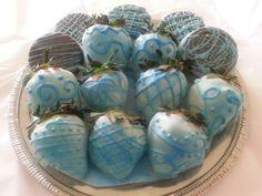 CHOCOLATE covered strawberries and Oreos #chocolatecoveredstrawberries