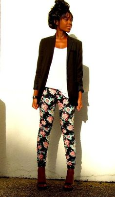 Shop this look on Kaleidoscope (pants, blazer, sandals)  http://kalei.do/WcUoWIuChZOEHDM4