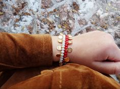Ella Charms Bracelet Handmade bracelet with red crystal beads and gold plated brass disc charms. Bracelet size is adjustable / macrame closure. Handmade Jewellery, Handmade Bracelets, Unique Jewelry, Coin Bracelet, Bracelet Sizes, Crystal Beads, Crystals, Macrame, Charms