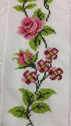 This Pin was discovered by Nes Floral Embroidery Patterns, Embroidery Works, Folk Embroidery, Silk Ribbon Embroidery, Hand Embroidery Designs, Cross Stitch Embroidery, Cross Stitch Heart, Cross Stitch Borders, Cross Stitch Flowers