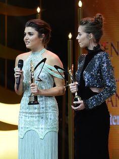 Hande Erçel & Bensu Soral