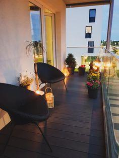 Modern Balcony, Small Balcony Design, Small Balcony Decor, Apartment Balcony Decorating, Apartment Balconies, Apartment Interior, Apartments Decorating, Master Bedroom Interior, Home Decor Bedroom