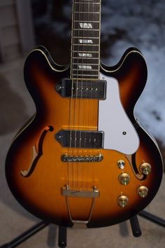 Epiphone Casino Coupe Hollowbody Electric Guitar Vintage Sunburst, w/ ES339 case #Epiphone