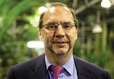 Od 1976 było dużo czasu żeby uporać się z Ebolą. Peter Piot, współodkrywca Eboli sprzed 40. lat twierdzi w wywiadzie dla portalu NewScientist, że wirus nie był postrzegany jako poważne zagrożenie dla zdrowia publicznego.