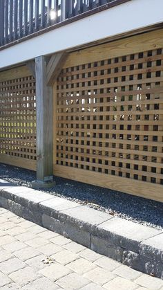 Square Privacy lattice under a House Skirting, Deck Skirting, Deck Underpinning Ideas, Lattice Deck, Deck Railings, Decks And Porches, Building A Deck, Patio Design, House Design