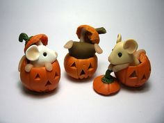 Pumpkin Mice.....they'd look adorable as photo holders as well.....what do you think?....love the idea !