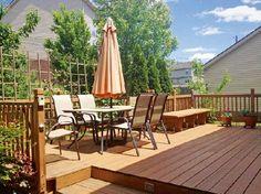 Gardenplaza - Schonende Reinigung von Holzterrassen mit Spezial-Gerät - Frühjahrsputz auf die sanfte Tour