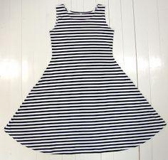 kujedesign: kesäkuu 2012 Stylish Dresses For Girls, Girls Dresses, Sewing Clothes, Fabric, Tops, Women, Sunday, Patterns, Craft