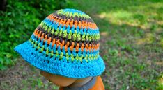 You will find beginner crochet hat patterns for Mom, Dad, and kids.. Get started today!
