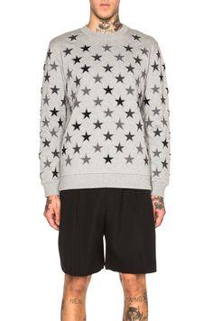 GIVENCHY Star Print Sweatshirt. #givenchy #cloth #