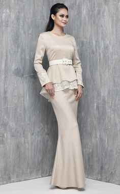 25 Best Wedding Fashion Inspiration images  4e142c3bbc