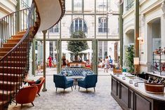 Wheels Up: These Are the Best Areas to Stay in Paris | MyDomaine